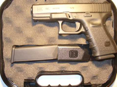 Glock 19 C + tritiová mířidla