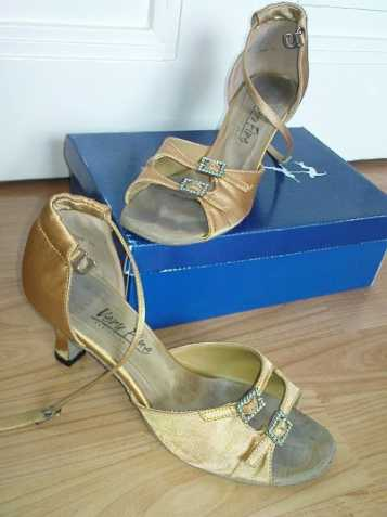 7ae69e82ef0 Dámské boty na latinu